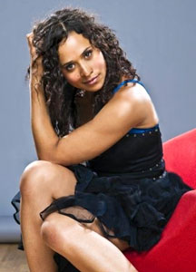 Биография актрисы Энжел Колби / Angel Coulby